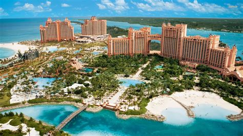 Atlantis Paradise Island in Bahamas launches free lunch