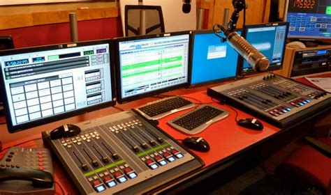 Broadcasting Committees to Benchmark in Local Radio Stations