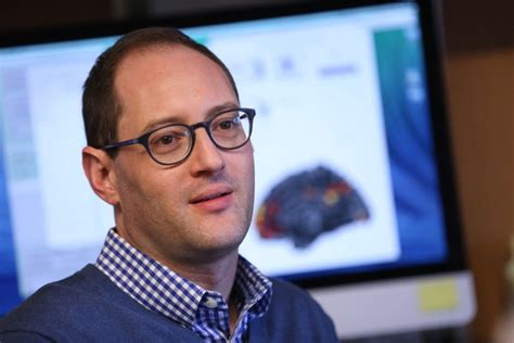 UO psychology professor nabs early career recognition