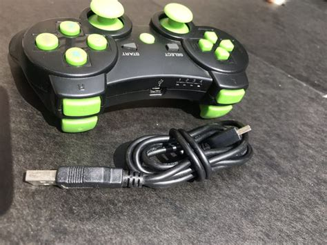 PS3/PS4/PC/RETROPIE WIRELESS CONTROLLER for Sale in
