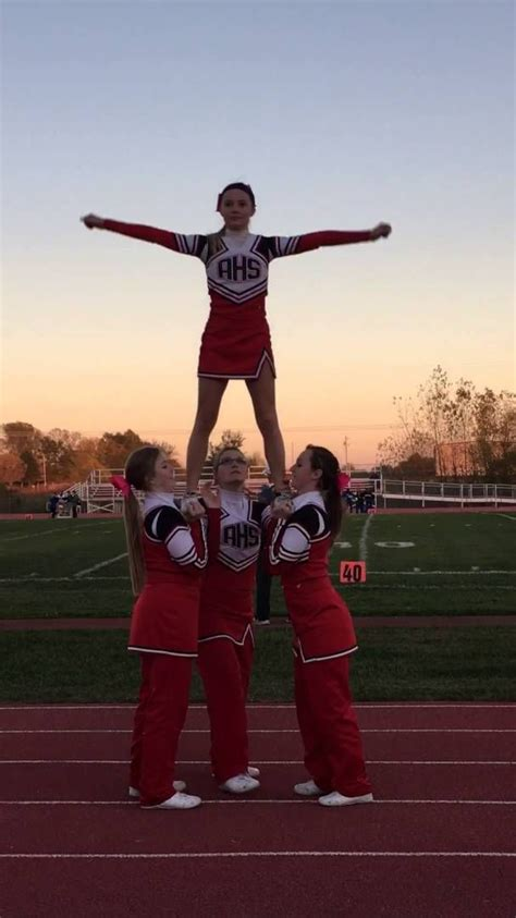 498 best images about Cheer Stunts! on Pinterest | Uca